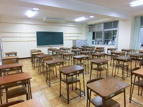 教室(後方)